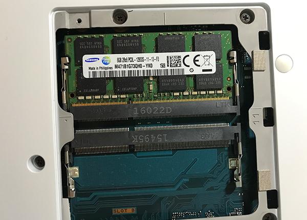 メモリ:8.0GB (1/2) DDR3L PC3L-12800